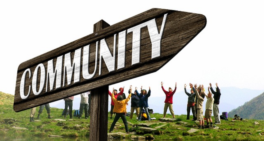 What an Online Community can learn from Offline Communities